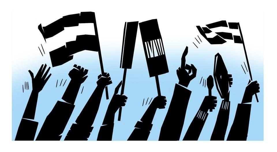 Brazos alzan banderas y carteles. Ilustración: Alejandro Agdamus