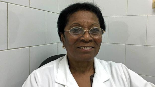 La oncóloga Elia Neninger ha probado Cimavax en cientos de pacientes desde los años 90.