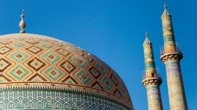 Los zoroastristas acuden a templos de fuego, como éste, el templo de Yazd, en Irán