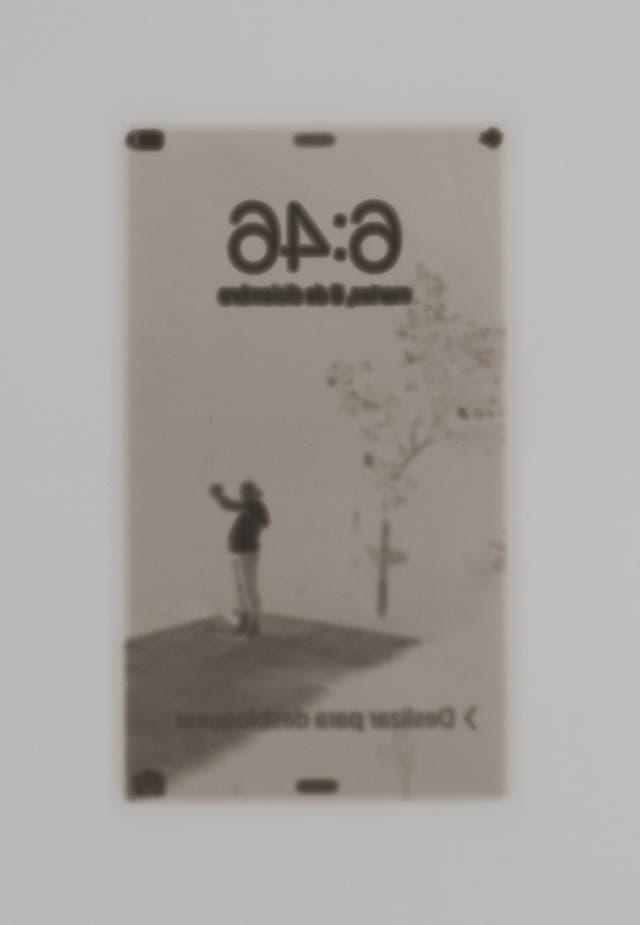 """Sin título, de la serie """"Capturas de pantalla"""", impresión directa desde un teléfono celular sobre gelatina de plata, 2015/2016."""