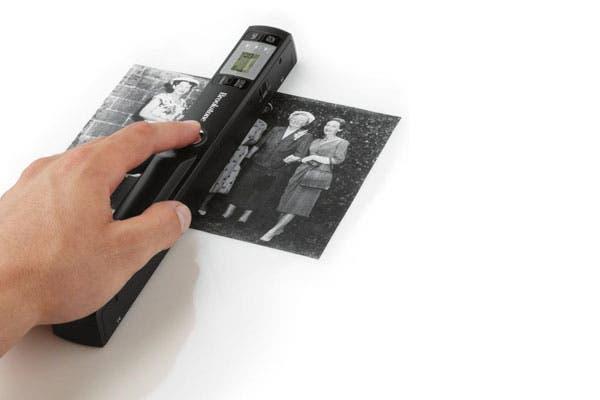Un escaner súper práctico para llevar a donde sea. Otra ventaja: no ocupa lugar en el escritorio. Foto: thefancy.com