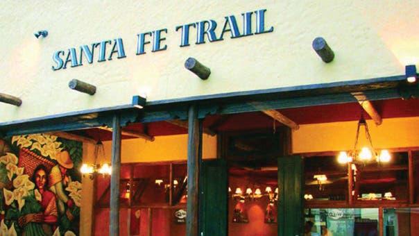 Además de mexicanos, Santa Fe Trail ofrece sabores norteamericanos. Y las ribs están incluidas en ese tributo