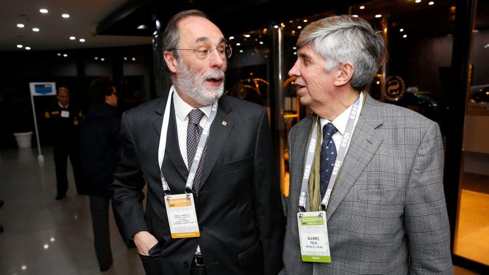 Pablo Tonelli y Félix Álvarez al llegar al hotel. Foto: LA NACION / Mauro V. Rizzi