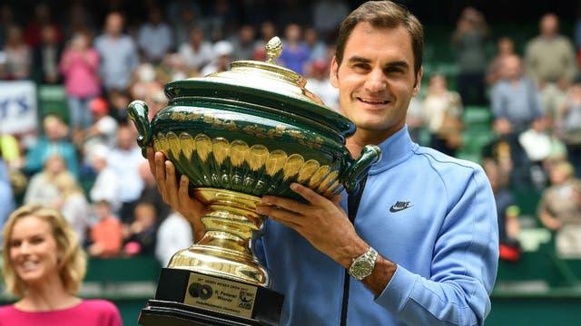 Federer se quedó con Halle y ahora le apunta a Wimbledon