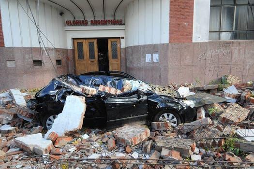 Los destrozos que dejó el temporal en Buenos Aires y el conurbano.. Foto: DyN