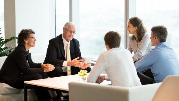 La comunicación es clave para resolver conflictos entre los socios