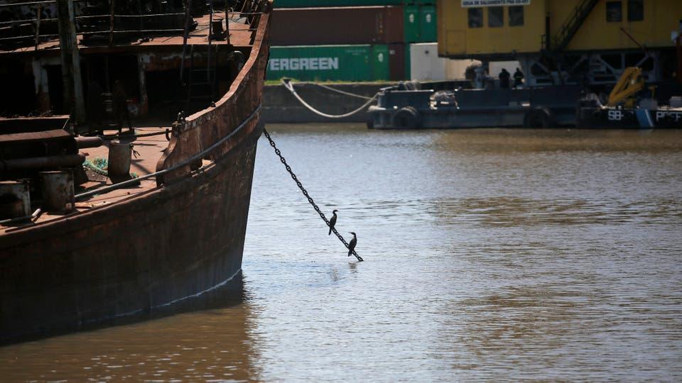 Vario barcos hundidos en la zona ya fueron removidos. Foto: LA NACION / Silvana Colombo