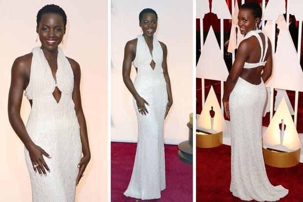 El vestido de Calvin Klein estaba bordado con 6000 perlas y costó 150 mil dólares