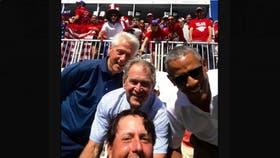 Phil Mickelson con los ex presidentes Clinton, Bush y Obama