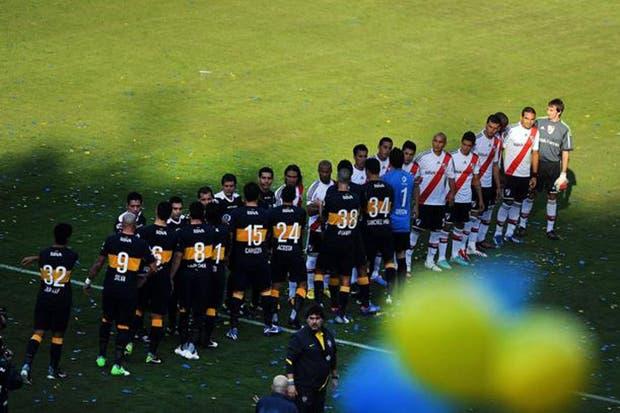 Boca y River jugarán el 30 de marzo en la Bombonera