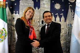 Débora Giorgi y el mexicano Idelfonso Guajardo