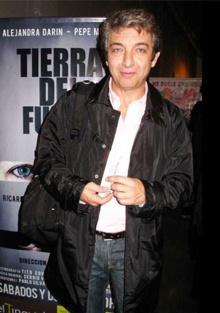 Ricardo Darín asistió al estreno de Tierra del Fuego, la obra que protagoniza su hermana, Alejandra. Foto: /www.facebook.com/eltinglado