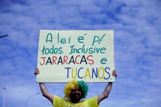 Unas 100.000 personas se reunieron frente al Congreso Nacional en Brasilia.