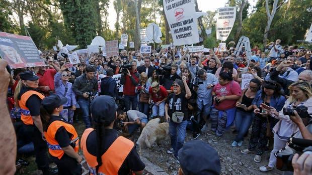 Protestas en Mar del Plata por la domiciliaria al genocida Etchecolatz