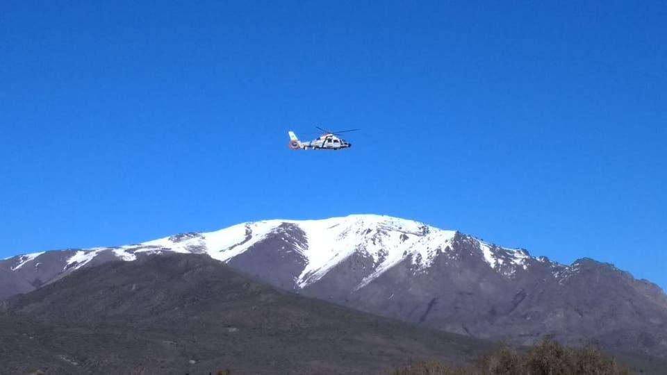 Helicópteros sobrevolaron la zona. Foto: Ricardo Pristupluk / Enviado especial