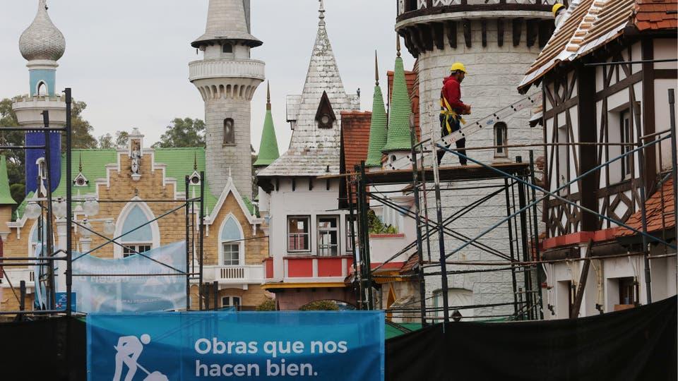 """Con fondos públicos y privados remodelarán 21 edificios de la """"república de los Niños""""; la primera etapa estará concluida para las vacaciones de invierno; recuperarán el barco y el tren y sumarán un avión. Foto: LA NACION / Santiago Hafford"""