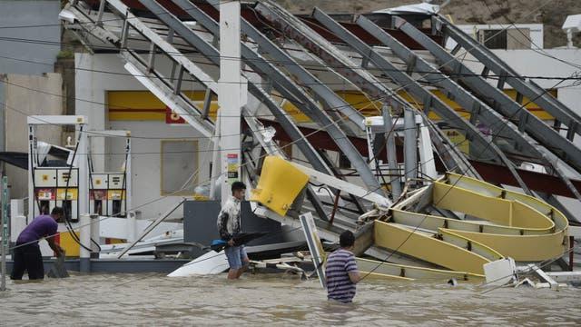 Humacao, Puerto Rico: inundación y daños materiales; hubo toque de queda de 18 a 6 para garantizar la seguridad