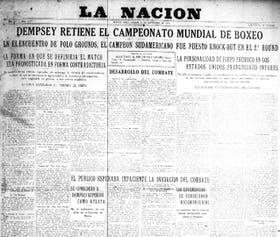La tapa de La Nación del 15 de septiembre de 1923; una multitud de reunió en las puertas del diario para escuchar el relato del combate en parlantes especialmente ubicados para la ocasión