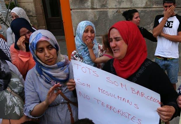 Las madres y las hermanas de los jihadistas participaron ayer de un acto en Ripoll