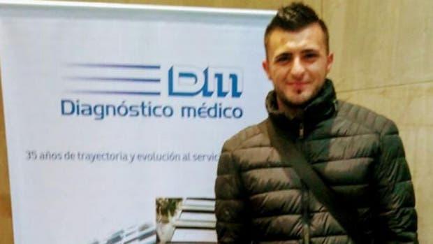 Enrique Triverio en su revisión médica para sumarse a Racing