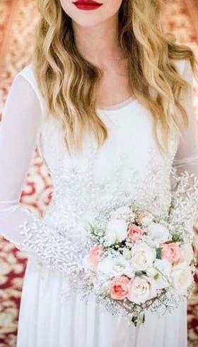 Burgoa crea vestidos para novias que deciden ir por modelos no tradicionales