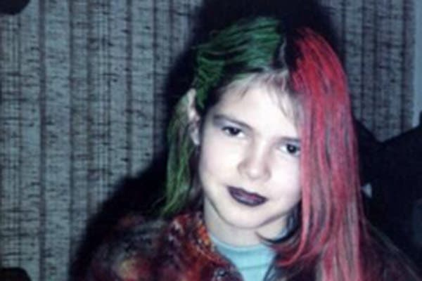 Hace unos días, Heide subió esta foto a Twitter: con pocos años y pelos multicolores