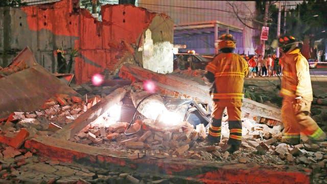 Un terremoto de 8.2 grados en la escala Richter sacudió el sur de México cerca de la medianoche