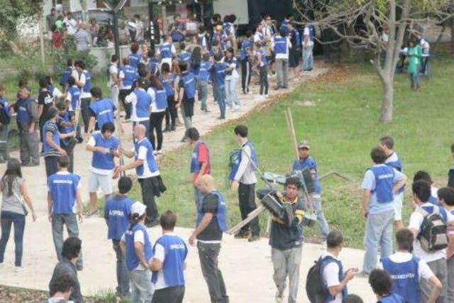 Los militantes de La Cámpora montaron un Centro Operativo en la Facultad de Periodismo de La Plata