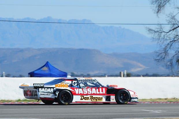 Matías Rossi se impuso en Alta Gracias, por la novena fecha del turismo Carretera
