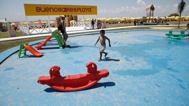 Horacio Rodríguez Larreta inauguró las playas porteñas , pero se quedó sin agua