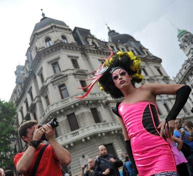 La XXII Marcha del Orgullo Gay convocó en Buenos Aires a cientos de personas. Foto: Télam
