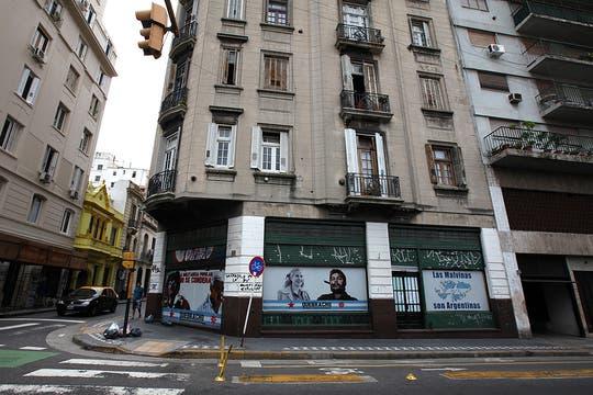 El local principal de Quebracho ubicado en la esquina de Santiago del Estero y Chile. Foto: LA NACION / Guadalupe Aizaga