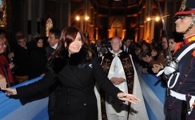 En la Catedral de Nuestra Señora del Nahuel Huapi, la Presidenta participó del tedeum a cargo del obispo Fernando Maletti