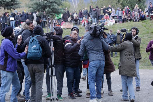 Incidentes y agresiones en el El Bolsón en la protesta frente a la sede de la Gendarmería. Foto: Hernán Zenteno