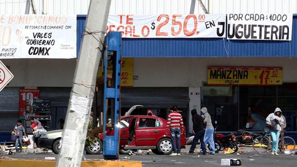 """""""Gasolinazo"""", la última crisis que golpea al gobierno de México. Foto: EFE"""