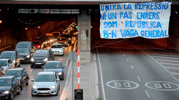 Bloqueos y protestas en Cataluña a favor de independencia
