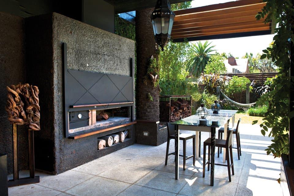 Los muebles de exterior, simples y de líneas netas..
