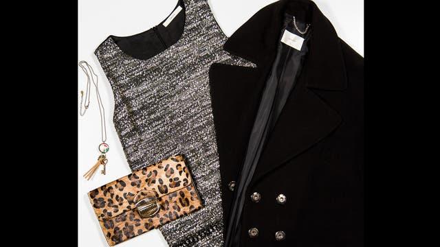 Lady Like por Awada - Tapado oversize de paño con mangas cortas ($2600), vestido estilo Jackie de brocato ($790),  sobre animal print y collar con flecos y dijes ($972 y $243, India Style).