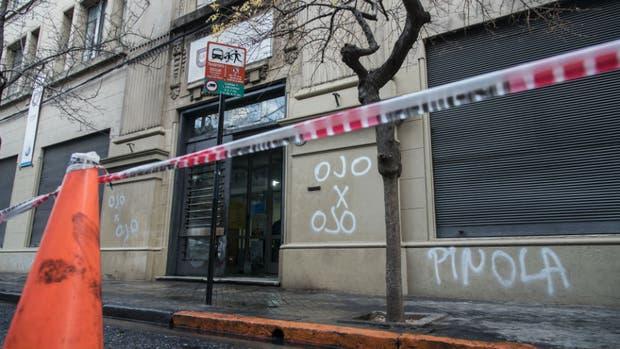 Las pintadas contra Pinola en Rosario