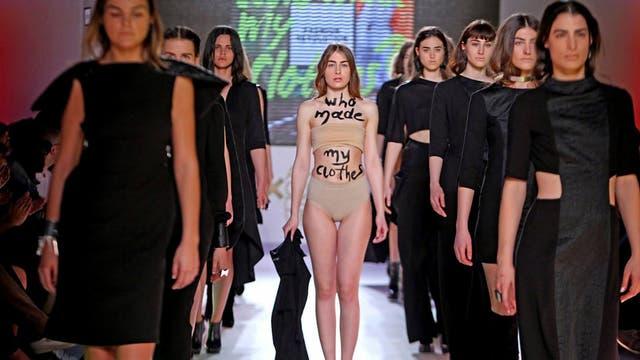 La diseñadora griega Athina Korda expuso la leyenda