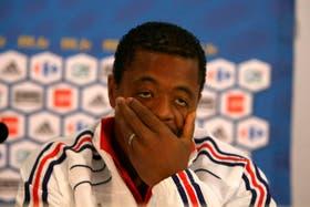 Patrice Evra preocupado por las filtraciones en el equipo francés