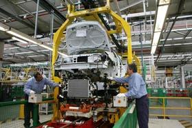 El costo salarial en dólares es un factor determinantes para los exportadores manufactureros