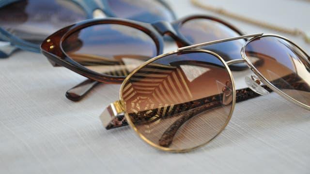 Los expertos recomiendan comprar las gafas de sol en una óptica