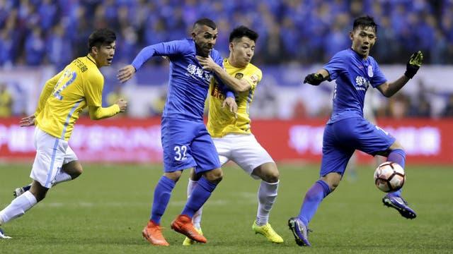 La prensa y los hinchas chinos apuntan a las diferencias del fútbol local con el sudamericano