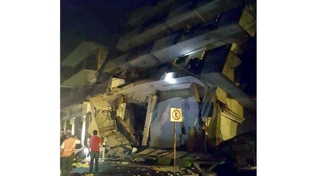 Los edificios quedaron destruidos