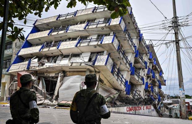 Un hotel colapsado en Matías Romero, estado de Oaxaca