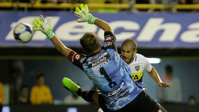 Boca vs. Patronato: el gol de Benedetto