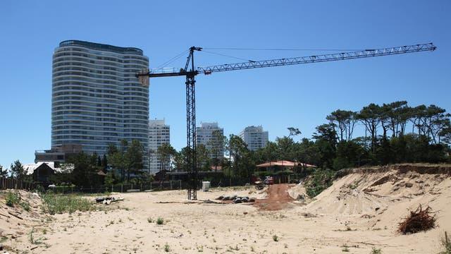 En la parada 18 de La Mansa se preparan para construir una torre de lujo llamada Venetian Residences