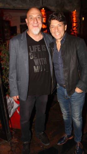 Juan Acosta y Sergio Gonal, juntos en la noche marplatense