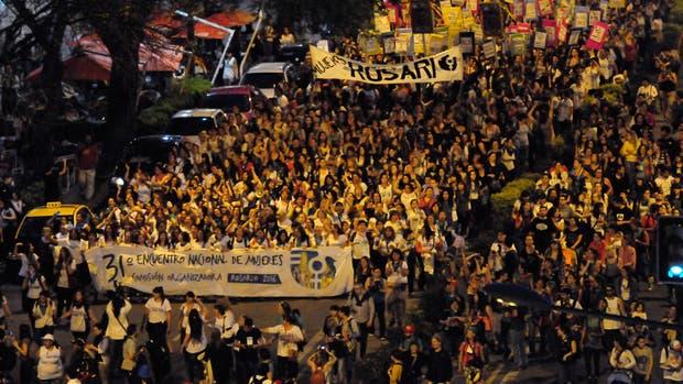 Más de 70.000 mujeres recorrieron distintas zonas de Rosario
